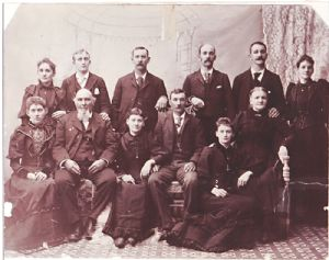 Joseph Matthew Andrews and family, Barton, 1895
