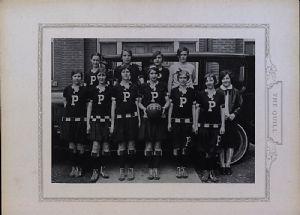 Girls' basketball team