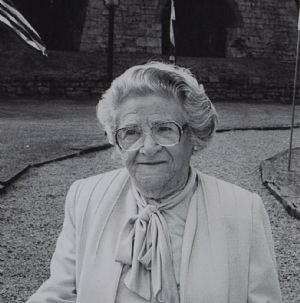 Ruth Bear Levy