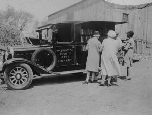 Bookmobiles through the years - Washington County Free Library